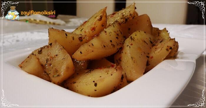 Az Kalorili Fırında Patates