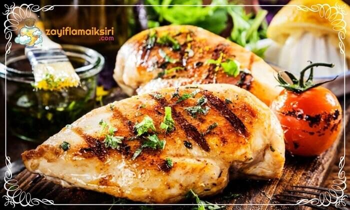 Izgara Olarak Pişirilmiş Diyet Tavuk Göğsü